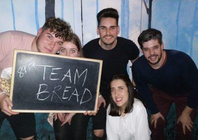 TEAM BREAD